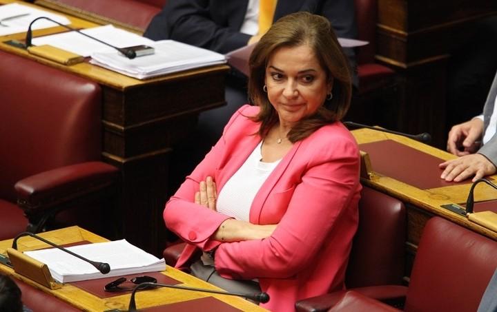 Μπακογιάννη: Αν δεν υπάρξει συμφωνία έως την Παρασκευή θα κλείσουν οι τράπεζες όπως στην Κύπρο