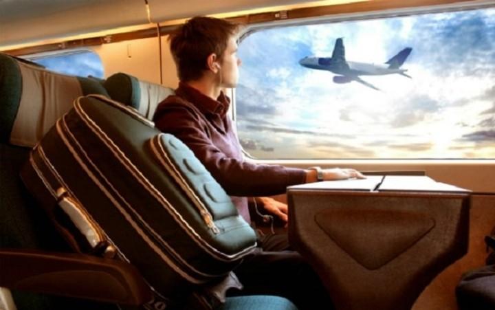 Ένα app θα ενημερώνει τις αεροσυνοδούς αν φοβάστε