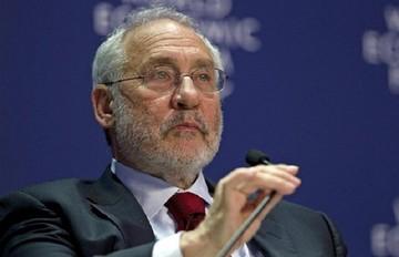 Στίγκλιτς:«Η λιτότητα που επιβλήθηκε στην Ελλάδα σχεδιάστηκε για να σκοτώσει την οικονομία»