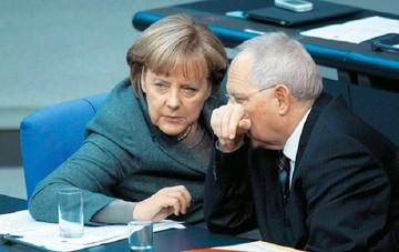 «Εμφύλιος» στο Βερολίνο λόγω Grexit - «Ναι» από Σόιμπλε, η Μέρκελ το αποκλείει