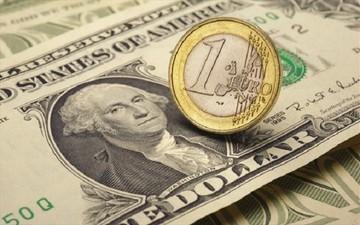 Μικρή άνοδος του ευρώ έναντι του δολαρίου
