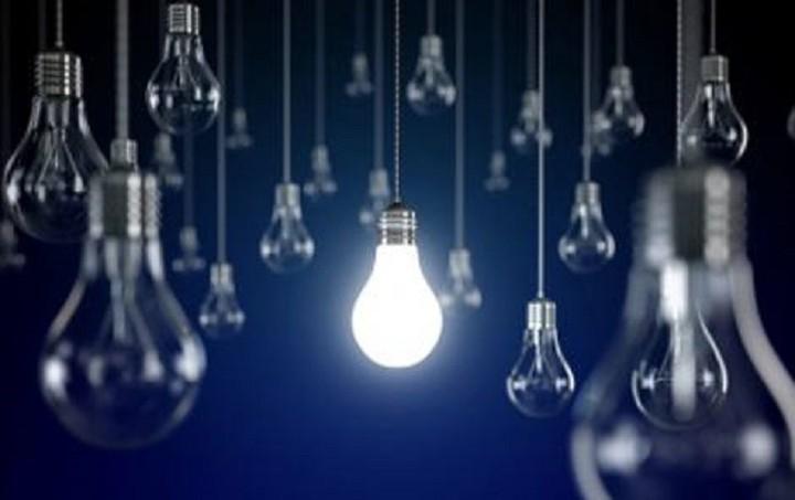 Eurostat: Πόσο αυξήθηκε το κόστος του ηλεκτρικού ρεύματος στην Ελλάδα