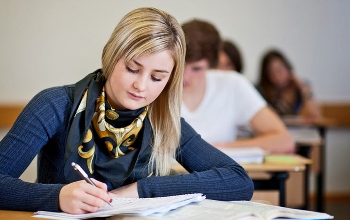 Πώς θα πάρετε τα 1000 ευρώ του στεγαστικού - φοιτητικού επιδόματος