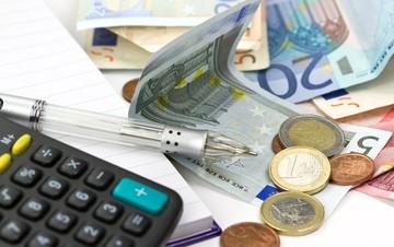 ΟΑΕΕ: Πάνω από 100.000 οι αιτήσεις των ελευθέρων επαγγελματιών για τις 100 δόσεις