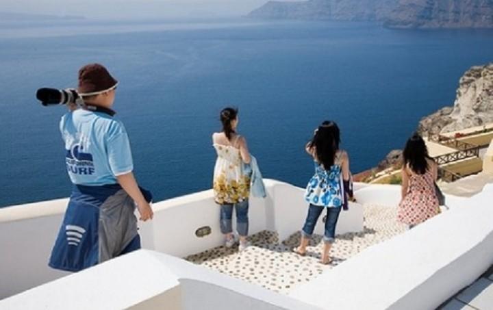 «Ρήτρα δραχμής» ζητούν στα τουριστικά συμβόλαια ξένα πρακτορεία