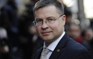 Ντομπρόφσκις:«Χρειάζεται περισσότερη πρόοδος στις διαπραγματεύσεις με την Ελλάδα»