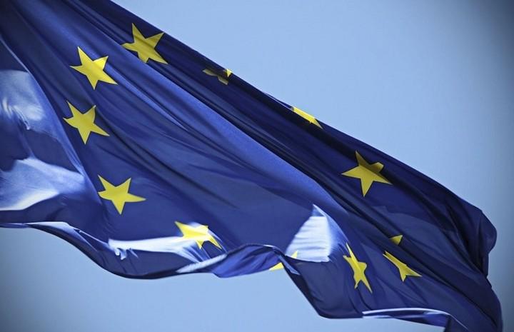Το 90% των Ευρωπαίων θέλουν να εξακολουθήσει η ΕΕ να παρέχει ανθρωπιστική βοήθεια