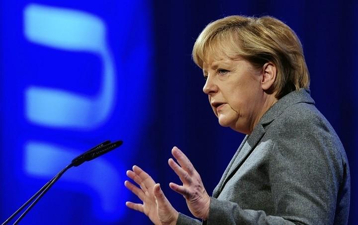 Μέρκελ: Στόχος όλων μας να βρεθεί λύση για την Ελλάδα