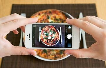 Νέα υπηρεσία της Google μετράει τις θερμίδες του φαγητού από τη φωτογραφία