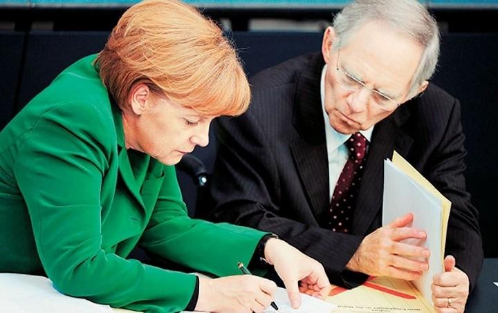 Βερολίνο: Δεν υπάρχουν διαφορές μεταξύ Μέρκελ και Σόιμπλε