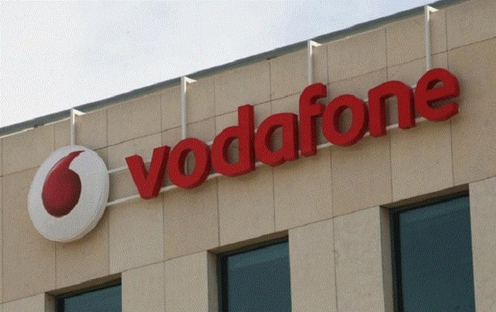 Στον έλεγχο της Vodafone περνά το 100% της Hellas Online