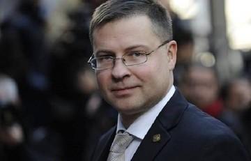 Ντομπρόφσκις: «Εκτιμώ ότι θα υπάρξει συμφωνία τις επόμενες ημέρες»