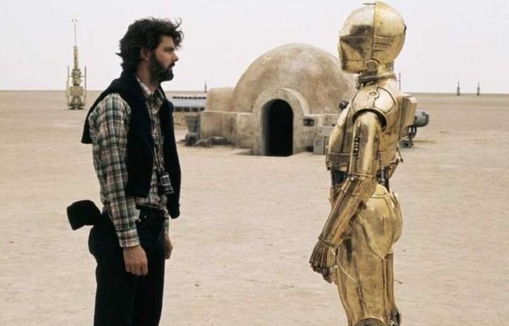 Σπάνια συλλογή φωτογραφιών από τα γυρίσματα της ταινίας «Ο Πόλεμος των Άστρων»