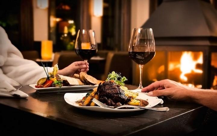 Σε αυτό το εστιατόριο τρως όσο θέλεις και πληρώνεις ό,τι θέλεις!