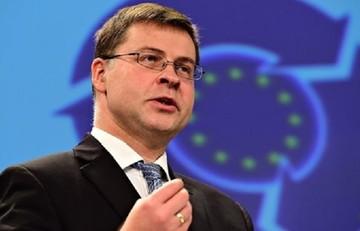 Ντομπρόφσκις: «Εάν υπάρχει πολιτική βούληση, θα μπορέσει να υπάρξει και συμφωνία»