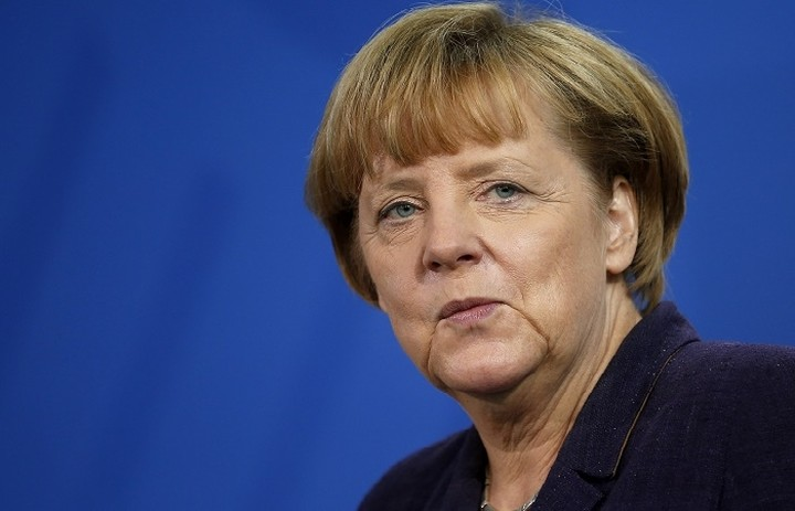 Bild: «Τώρα και η Άνγκελα Μέρκελ εξετάζει το Grexit»