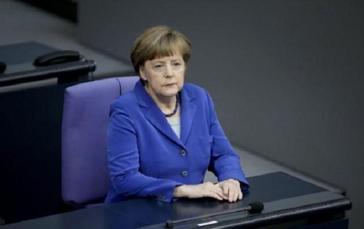 Η Μέρκελ συγκαλεί τη Βουλή για την Ελλάδα στις 18 Ιουνίου
