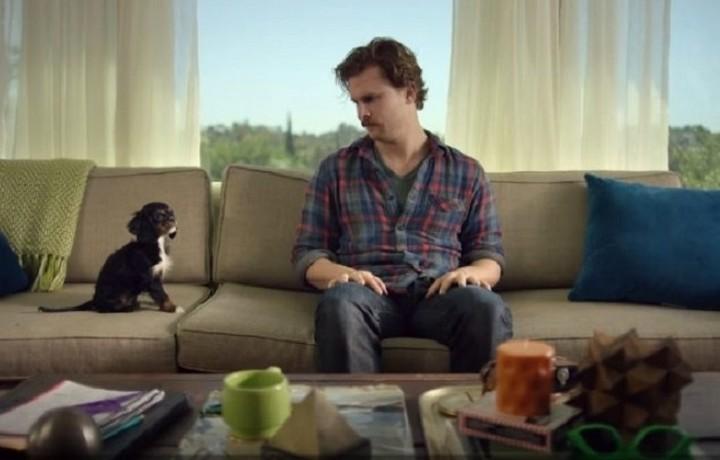 Τα viral video της εβδομάδας: O εργένης βρήκε στο κουτάβι το άλλο του... μισό και άλλες ιστορίες