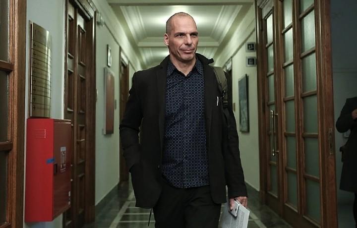 Βαρουφάκης: Ελπίζω η ΕΕ και το ΔΝΤ να μπλοφάρουν για το Grexit