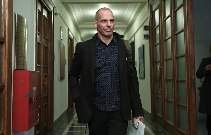 Βαρουφάκης: «Στο Eurogroup της Πέμπτης θα είμαι εγώ, εκεί είναι η θέση μου»