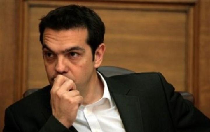 Bloomberg: Χωρίς επιλογές και χρόνο ο Τσίπρας αντιμέτωπος με τη στιγμή της αλήθειας για την Ελλάδα