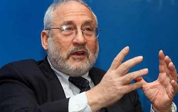 Στίγκλιτς: Δεν θα βοηθήσει την Ελλάδα η κήρυξη χρεοκοπίας