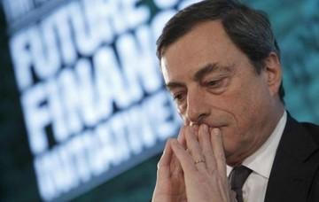 Κρίσιμη η συνεδρίαση της ΕΚΤ - Αγωνία για τις αποφάσεις του Ντράγκι