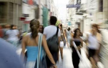 Bloomberg: Το 63,5% των Ελλήνων, ηλικίας 18 - 34 ετών, εξακολουθεί να μένει στο πατρικό του