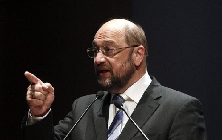 Προειδοποίηση Σουλτς: Έξοδος από το ευρώ σημαίνει έξοδος από την ΕΕ