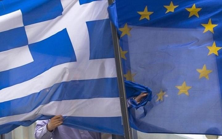 Κομισιόν και ΕΚΤ επεξεργάζονται σχέδιο ελάφρυνσης του ελληνικού χρέους