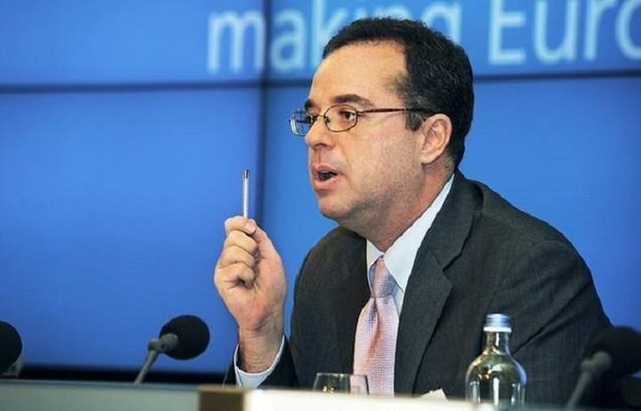 Πίτερ Σπίγκελ: Το θέμα της Ελλάδας θα συζητηθεί τελευταίο στο Eurogroup
