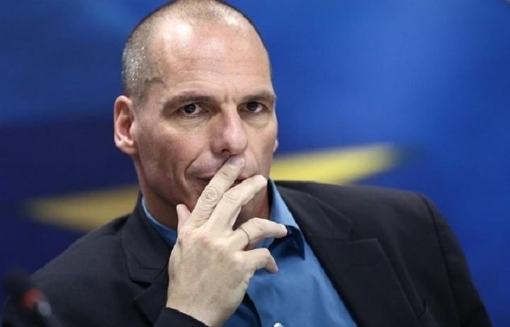 Βαρουφάκης: «Ανεπίτρεπτες οι διαρροές για τις τράπεζες»