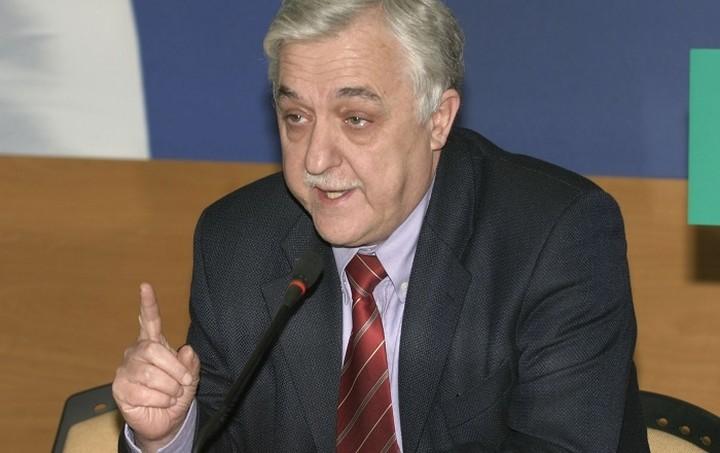 Στην ίδρυση κόμματος προχωρά ο Αλέκος Παπαδόπουλος