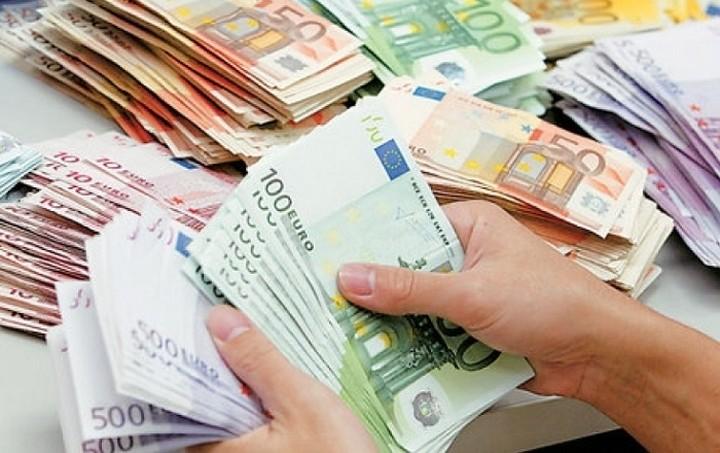 Κίνδυνος να αυξηθεί ο λογαριασμός των 8 δισ. ευρώ
