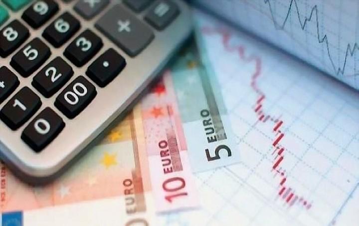 """Ποιοι θα πληρώσουν το """"λογαριασμό"""" των 8 δισ. ευρώ"""
