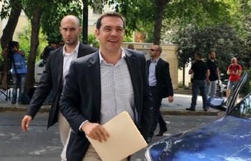 Politico: Ο Τσίπρας έστειλε την μπάλα πίσω στο γήπεδο της Ευρώπης