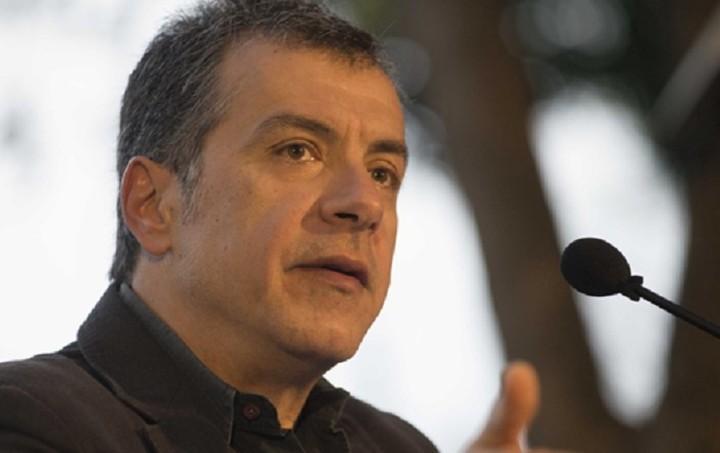 Στ. Θεοδωράκης: Η λύση δεν είναι η επιβολή νέων φόρων