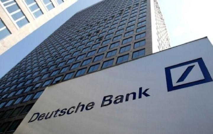 Deutsche Bank: Τέθηκε και επισήμως πλέον το ερώτημα για παραμονή στο ευρώ