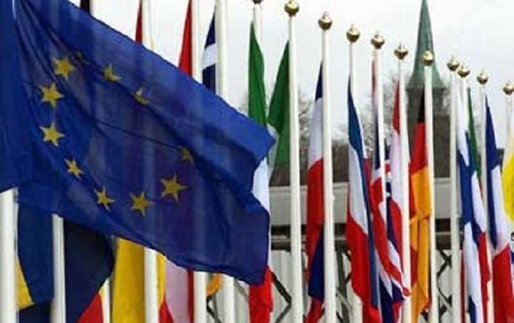 Απόφαση «βόμβα»: Το ελληνικό δημοψήφισμα δεν ανταποκρίνεται στα διεθνή πρότυπα