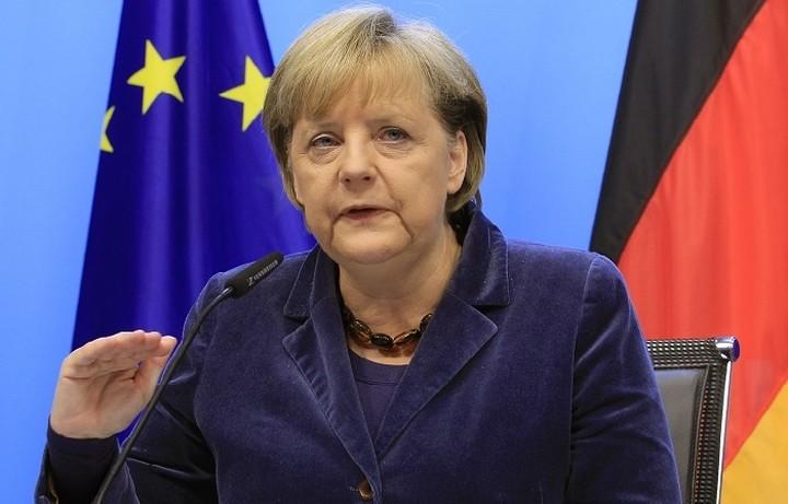Μέρκελ:«Οι πόρτες για διαπραγμάτευση με την Ελλάδα παραμένουν ανοιχτές»