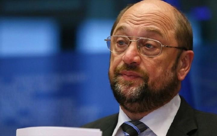 Σουλτς: Δεν θα υπάρξει συμφωνία πριν το δημοψήφισμα