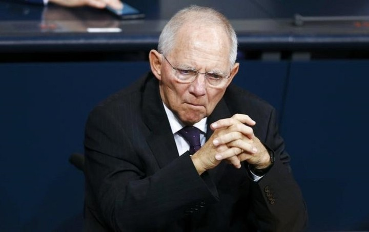 Εκπρ. Σόιμπλε: Αδιαπραγμάτευτη η διαγραφή του ελληνικού χρέους