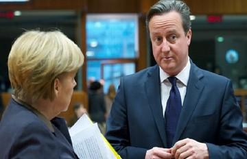 Τηλεφωνική επικοινωνία μεταξύ Μέρκελ και Κάμερον για την ελληνική κρίση και το δημοψήφισμα