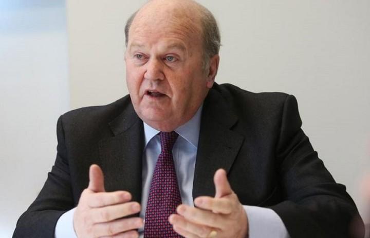Ιρλανδός ΥΠΟΙΚ: Στο Eurogroup δεν κατατέθηκε αίτημα για «κούρεμα» του ελληνικού χρέους