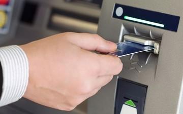 Τι θα ισχύει από αύριο για τα ATMs των τραπεζών – Τι μας περιμένει από Δευτέρα