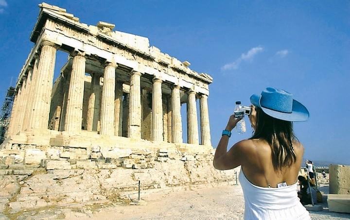 ΕΟΤ: Ελπιδοφόρα μηνύματα για τον τουρισμό παρά τις δυσκολίες