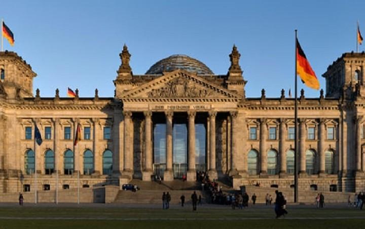 Βερολίνο: «Ανοικτό» το αποτέλεσμα του Eurogroup