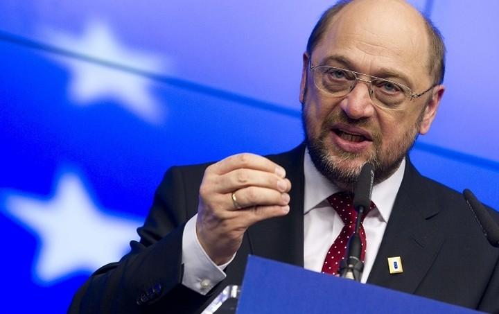 Σουλτς: Οι διαπραγματεύσεις βρίσκονται «στην κόψη του ξυραφιού»
