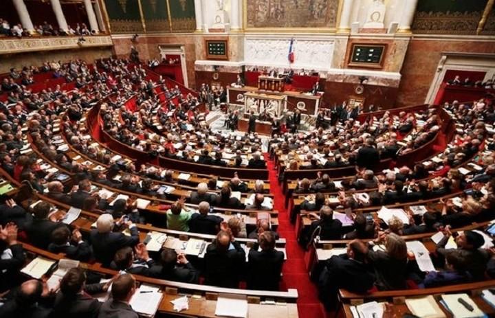 Την Τετάρτη η συμφωνία στο γαλλικό κοινοβούλιο