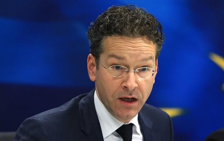 Ντάισελμπλουμ: Εργαζόμαστε για τη χρηματοδότηση της Ελλάδας αλλά υπάρχουν νομικές ενστάσεις